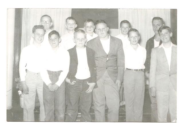 540314-male-baptism-candidates